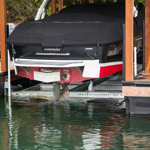malibu boat lift, malibu boat, boating, boat lift