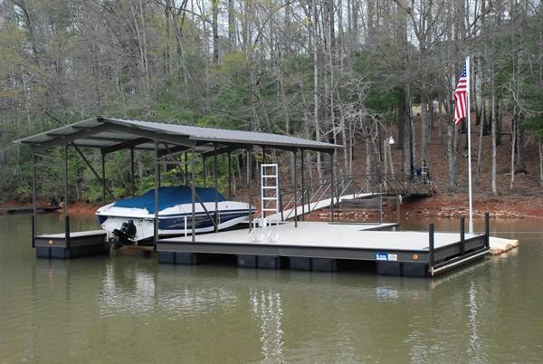 personal watercraft lift, steel dock, boat lift, custom built dock