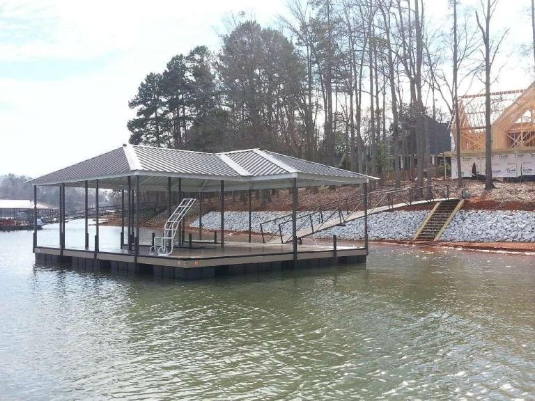 lake keowee docks, floating boat dock, boat dock builder