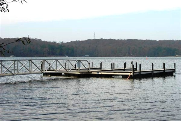 Clemson University, clemson university docks, lake hartwell, madren center floating dock
