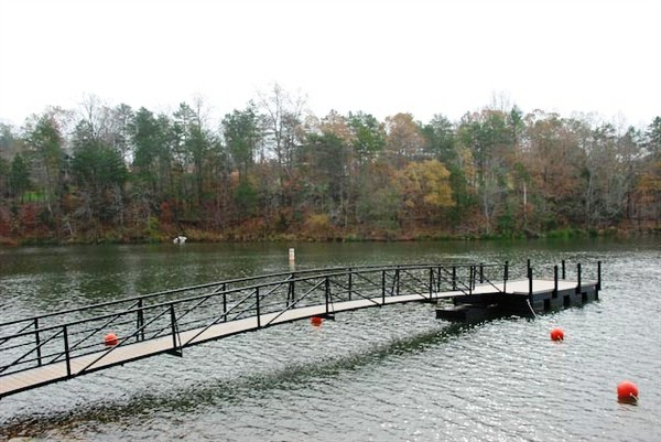 boat ramp dock, courtesy dock, custom built commercial dock