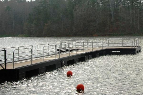 handicapped accessible fishing dock, corps of engineers handicapped dock, lake hartwell
