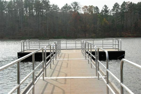 handicapped accessible dock walkway, fishing dock, commercial dock, lake hartwell