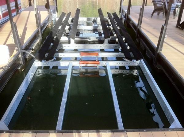 dual lift, v-hull lift, bass boat lift, ski boat lift