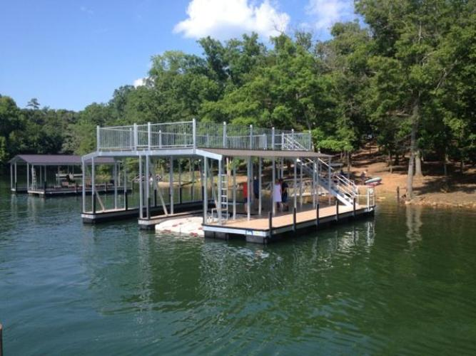 lake hartwell floating docks, lake hartwell dock company, floating boat docks