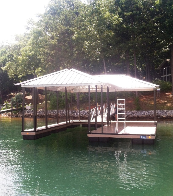 lake keowee boat docks, lake hartwell boat docks, custom built boat docks, aluminum boat dock