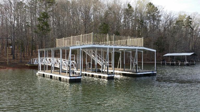 double slip aluminum boat dock, party deck dock, aluminumboat dock, large aluminum boat dock