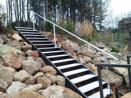 shoreline steps, easy access to dock, aluminum steps, steel staircase