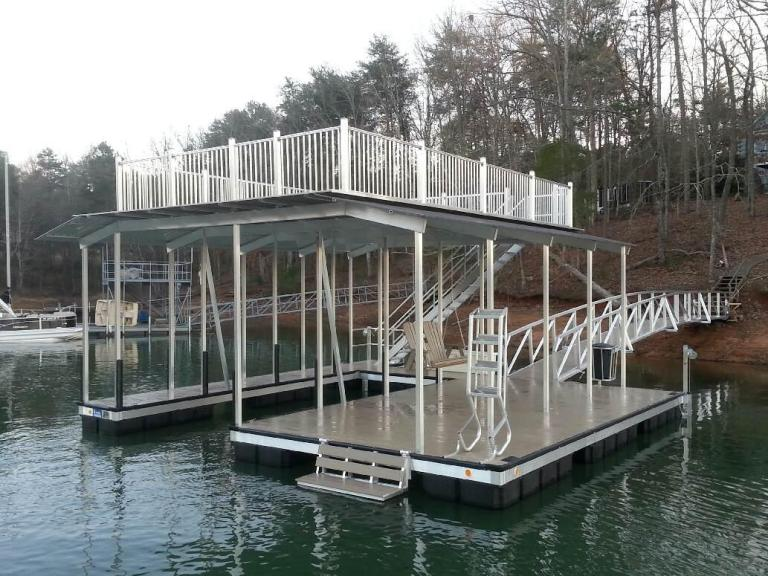 aluminum boat dock, party deck dock, floating boat docks, lake hartwell docks