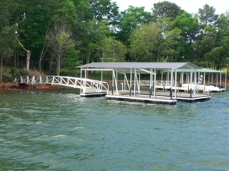 boat docks, lake hartwell boat docks for sale, lake hartwell boat docks, aluminum docks, swim ladder
