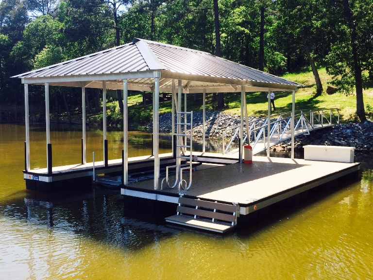 lake wateree boat docks, aluminum boat dock, aluminum swim ladder, fiberglass dock box