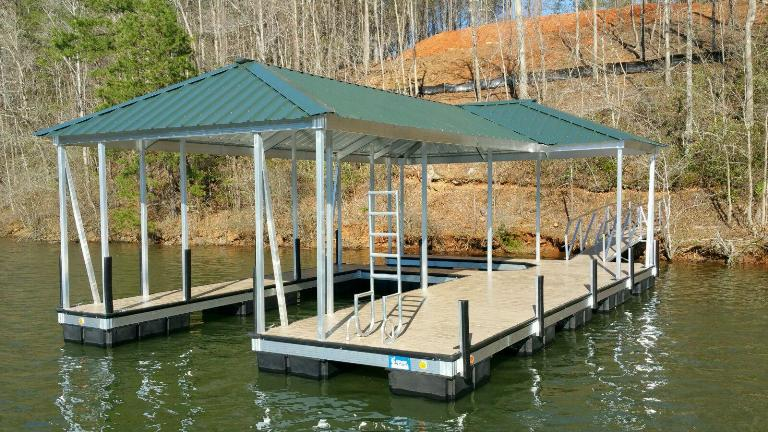 compound hip, fern green, aluminum boat dock. lake keowee