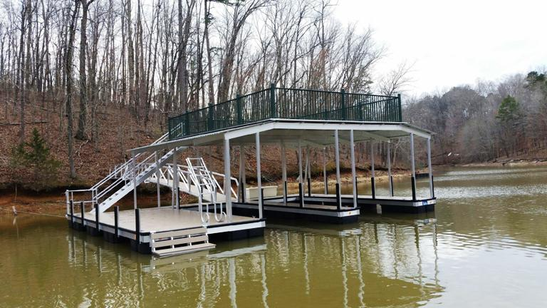 aluminum boat dock, party deck, double slip dock, lake hartwell boat dock