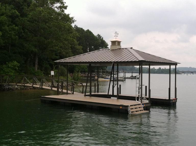 lake keowee floating dock, boat dock, floating dock, bench for dock, dock ladder, canoe roller