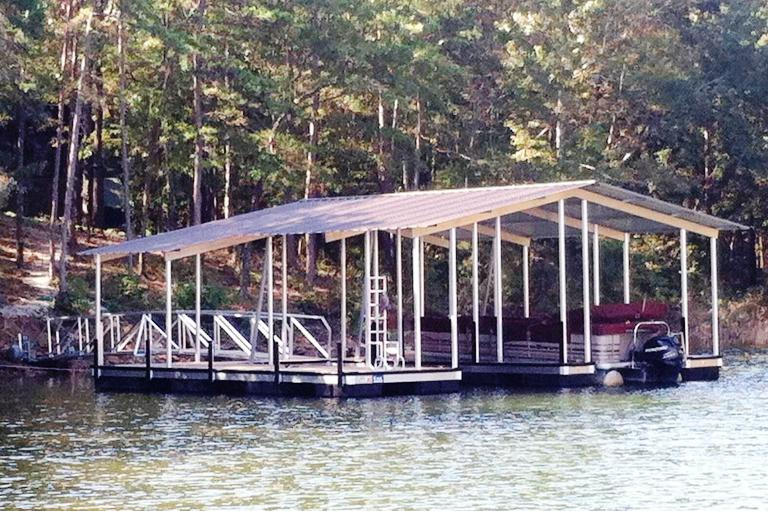 Lake Hartwell floating dock, boat dock, floating boat dock, custom built boat dock