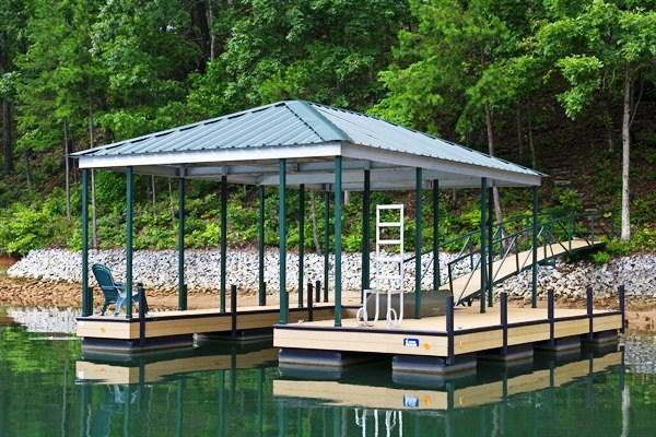 kayak dock, boat storage, boat house, lake jocassee, boat docks