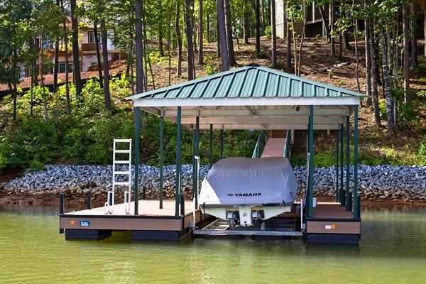 boat docks, boat lift, hip roof, swim ladder, floating docks