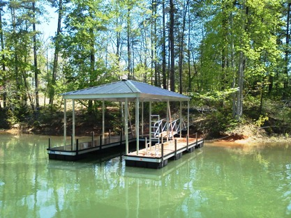 Lake keowee dock, aluminum dock, floating boat dock, boat dock builder