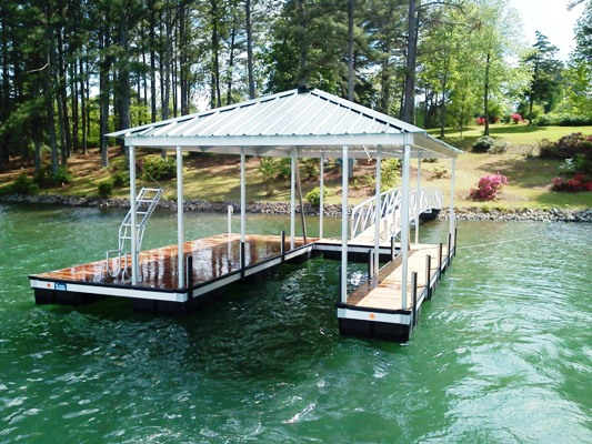 Lake Keowee dock builder, dock builders, floating dock, boat dock