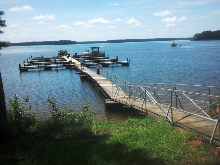 Lakeside Grill, Lake Thurmond, Plum Branch Yacht Club Marina, Fresh Seafood