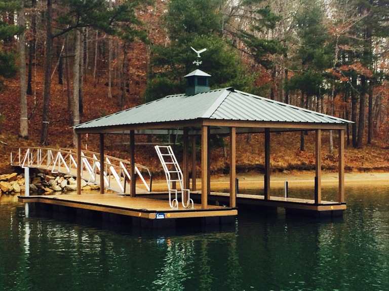 lake keowee, the springs boat docks, the springs, floating docks