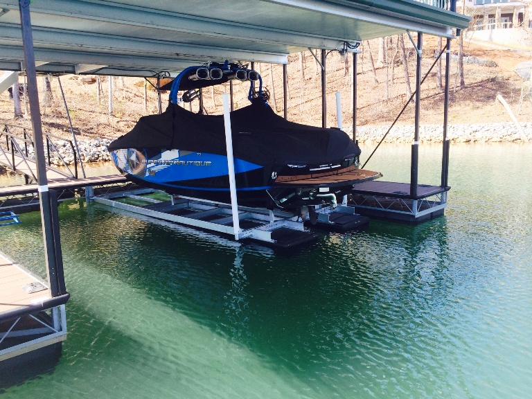 super air nautique, custom built boat lift, stable boat lift, boat lift
