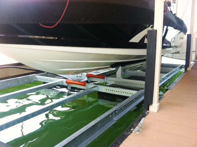 custom built boat lift for X-30 Mastercraft, X-30 Mastercraft Lift
